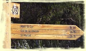 Suivre les directions indiquées par les panneaux du CG13 ...