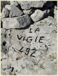 Ancienne vigie massif Saint-Cyr _ Les Randos de Loulou