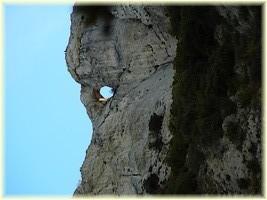 Le trou du vent_Sainte-Baume_Randonnée saint-Pons au Pas de Cugens_Les Randos de Loulou